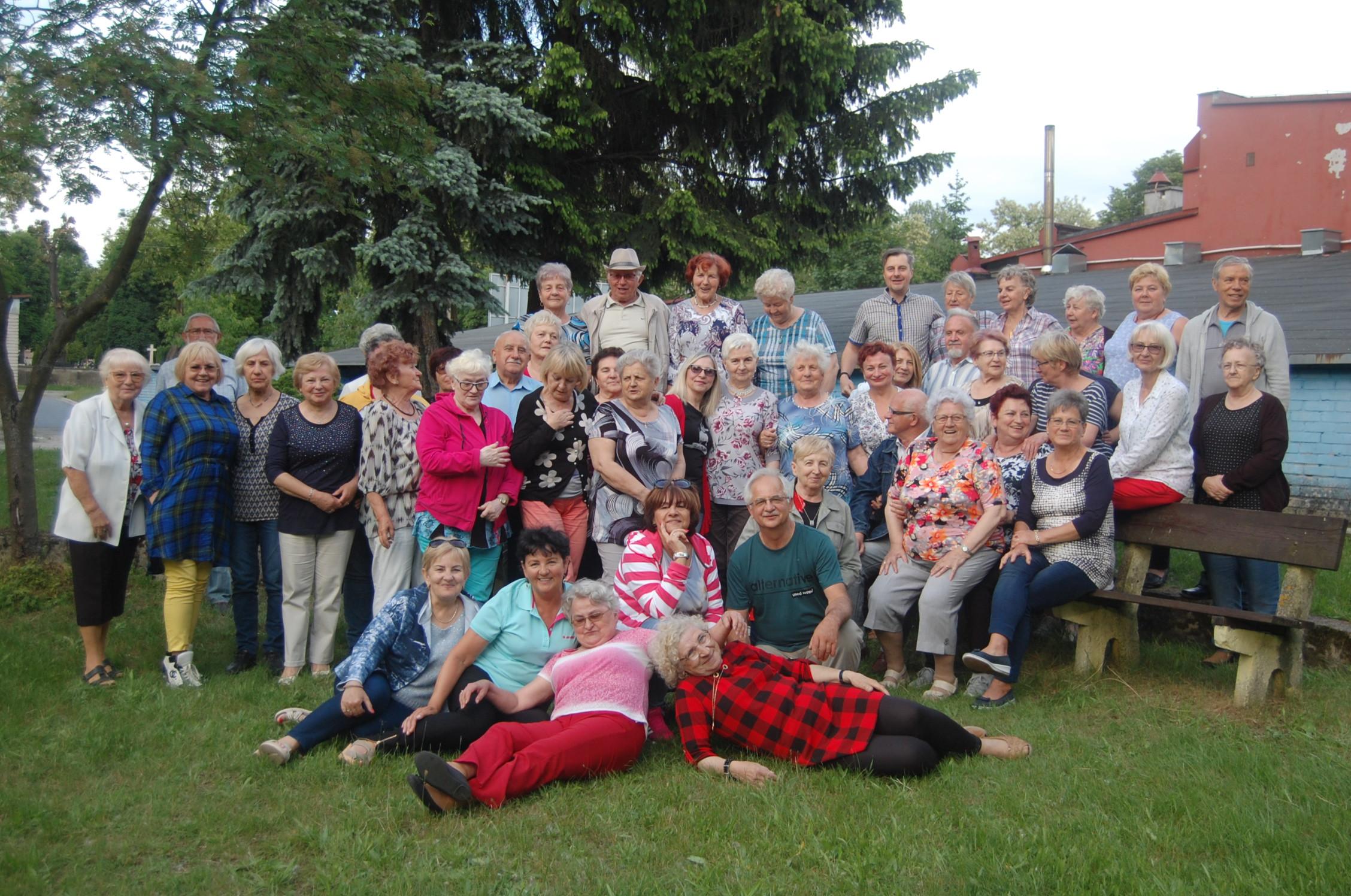MAJÓWKA w Klubie Seniora